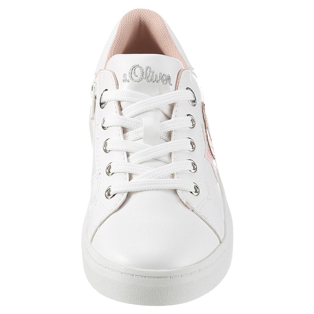 s.Oliver Sneaker, mit Stern-und Herz-Aufnäher