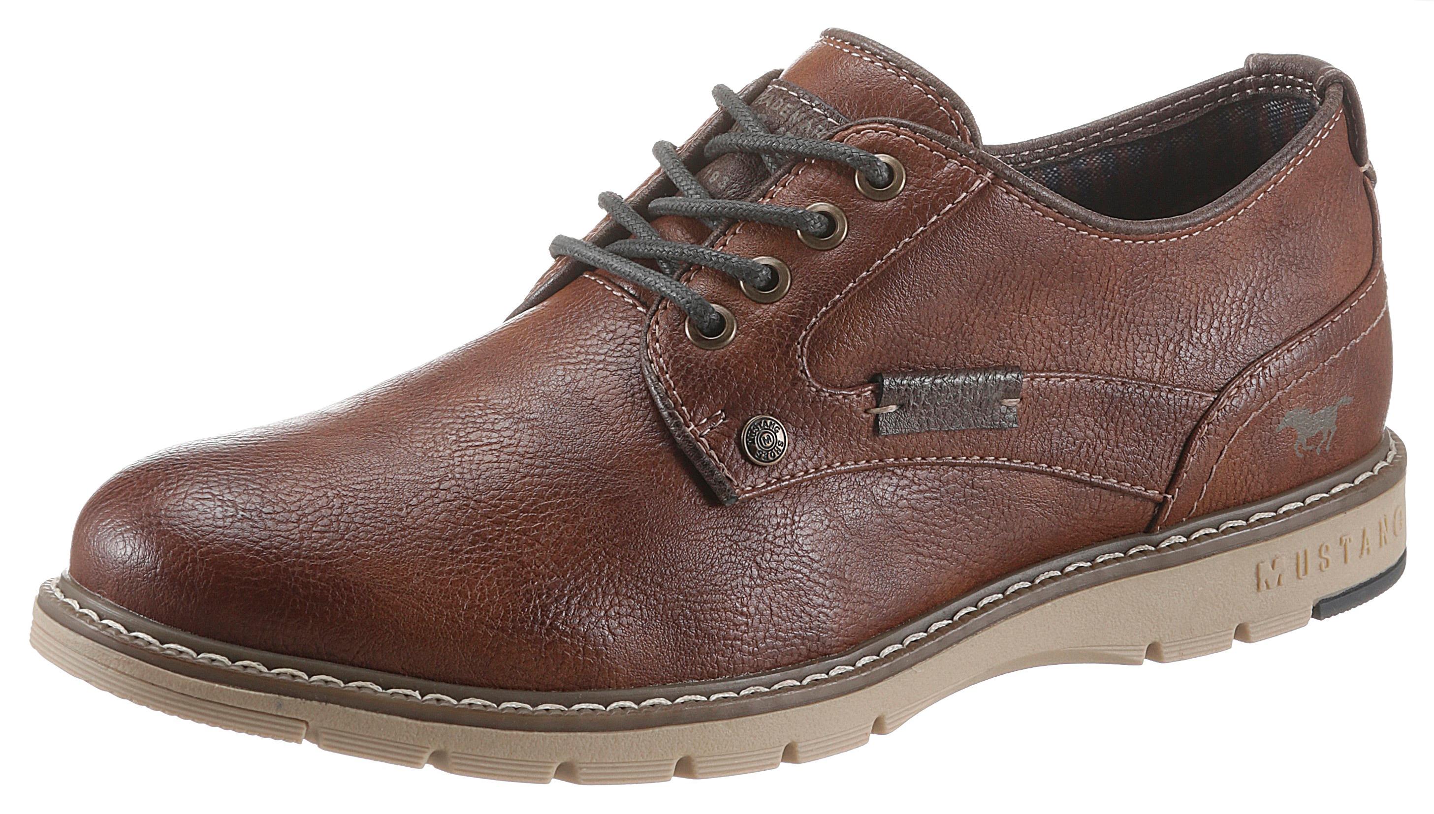 mustang shoes -  Schnürschuh, mit heller Ziernaht