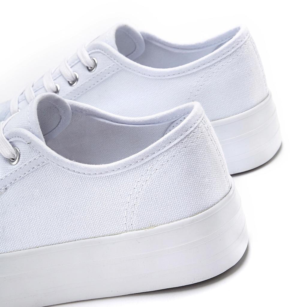 LASCANA Sneaker, aus Textil mit Plateausohle