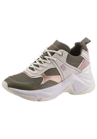 Tommy Hilfiger Keilsneaker »FASHION WEDGE SNEAKER«, in markanter Optik kaufen